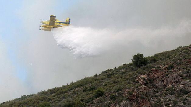 La gestión de los incendios es incorrecta, según agentes y bomberos forestales